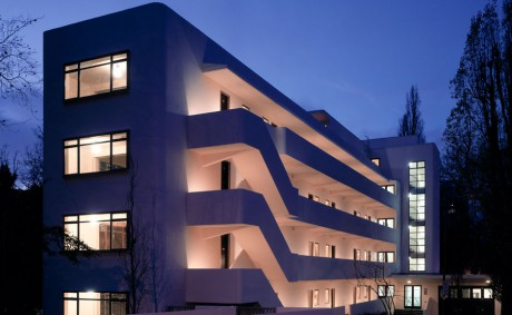 Isokon-1feature